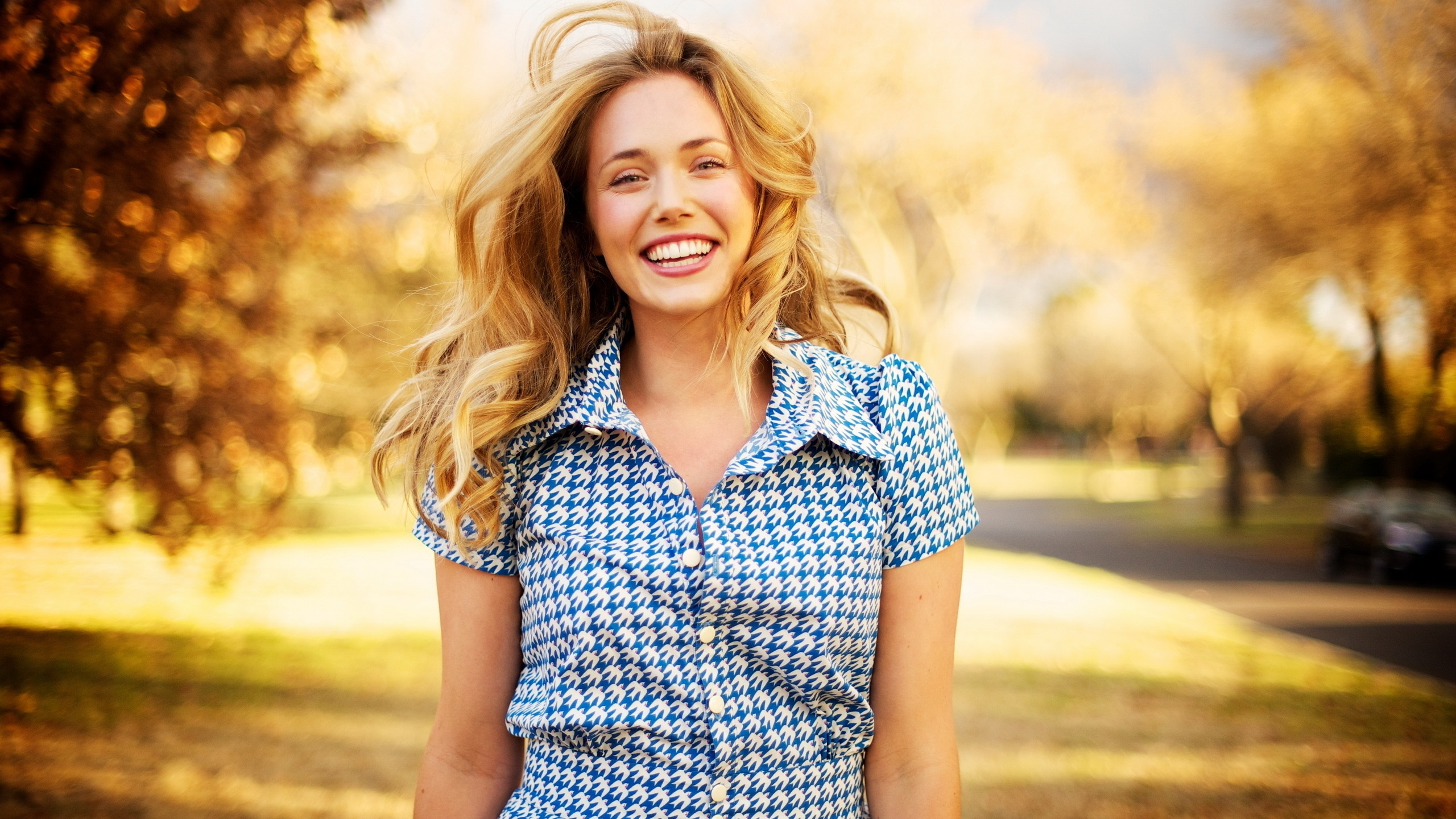 happy-woman-with-beautiful-smile