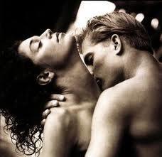 imagen_muy_sensual_de_pareja_grande